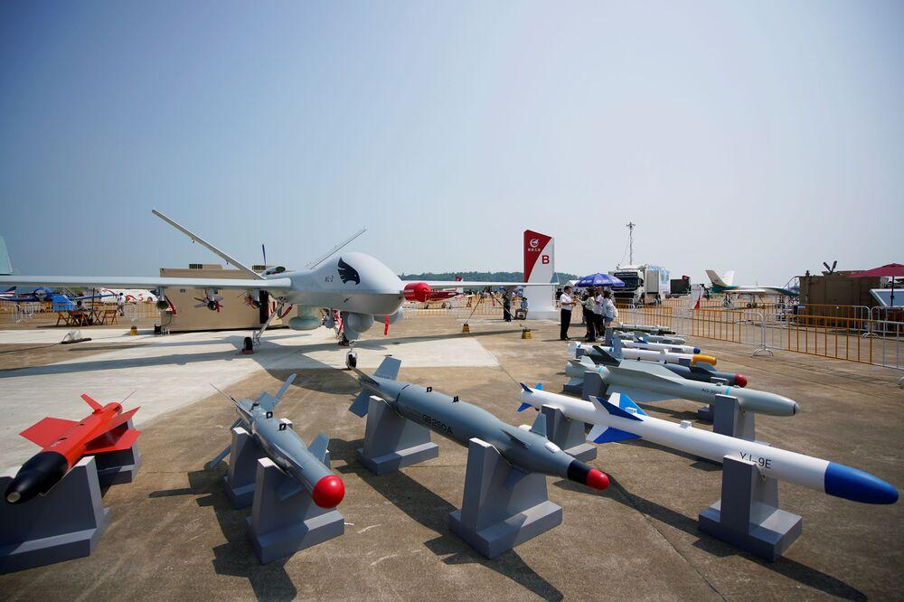 Drone armado Wing Loong II é exibido no 13º Show Aéreo da China, 28 de setembro de 2021
