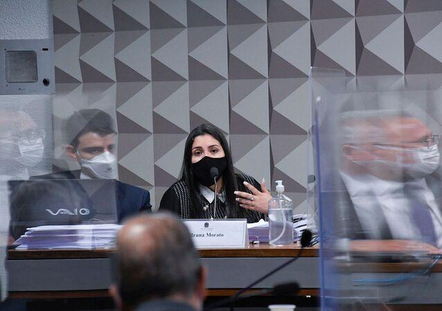 Advogada representante de médicos que atuavam para Prevent Senior, Bruna Morato, durante depoimento na CPI da Covid no Senado Federal, em Brasília, em 28 de setembro de 2021