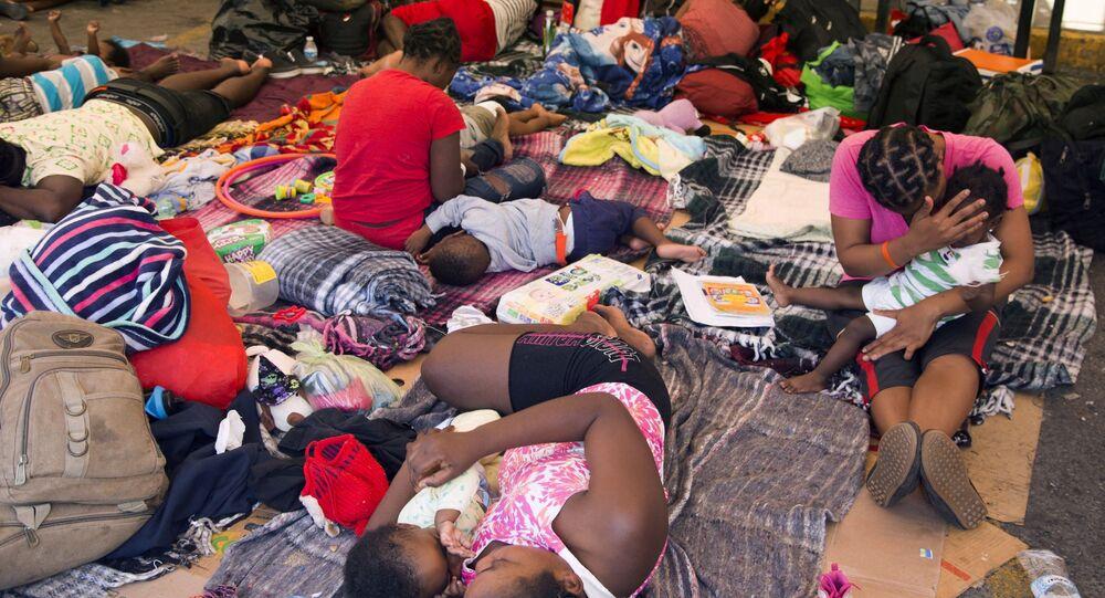 Migrantes haitianos em Monterrey, México, em 27 de setembro de 2021