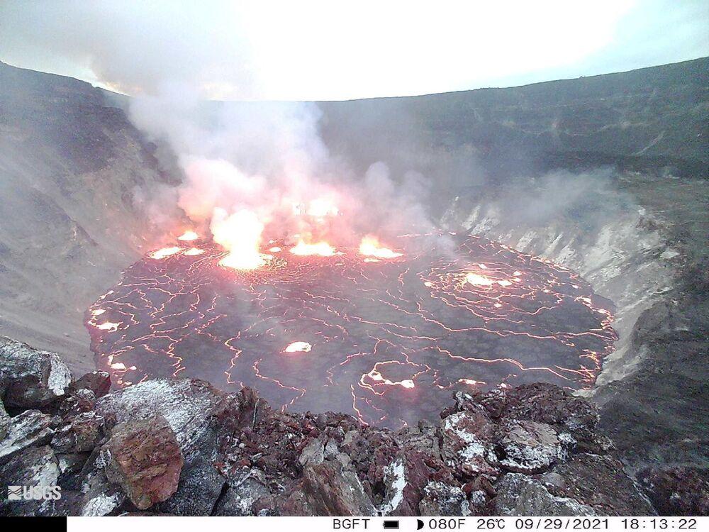 Lava dento da cratera Halemaumau