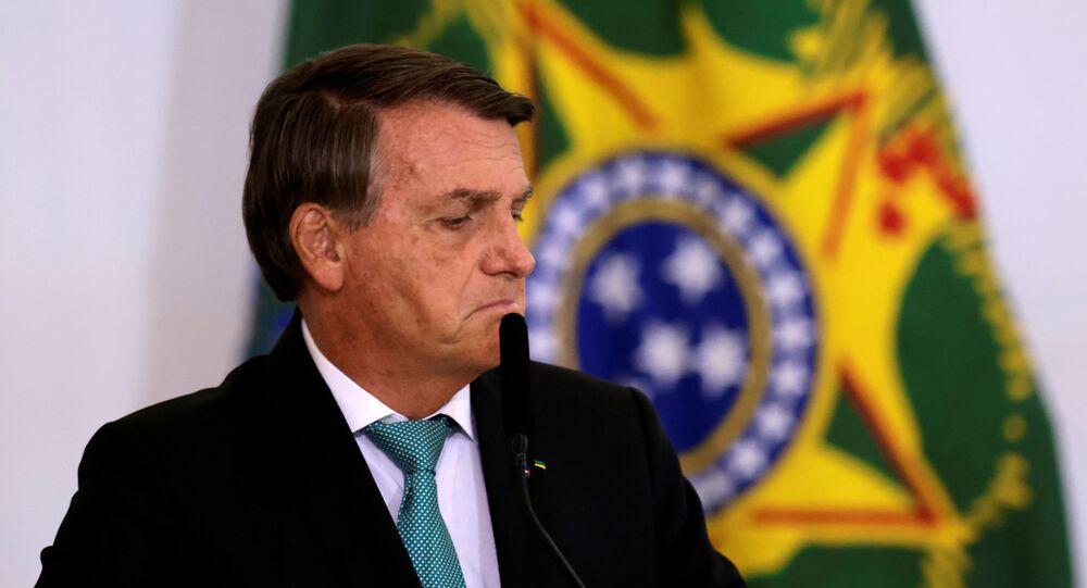 Jair Bolsonaro, presidente do Brasil, fala durante cerimônia para marcar os 1.000 dias de governo no Palácio do Planalto em Brasília, Brasil, 27 de setembro de 2021