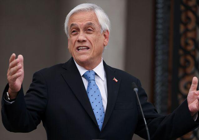Presidente do Chile, Sebastián Piñera, durante discurso na sede do governo, Santiago, Chile, 4 de outubro de 2021