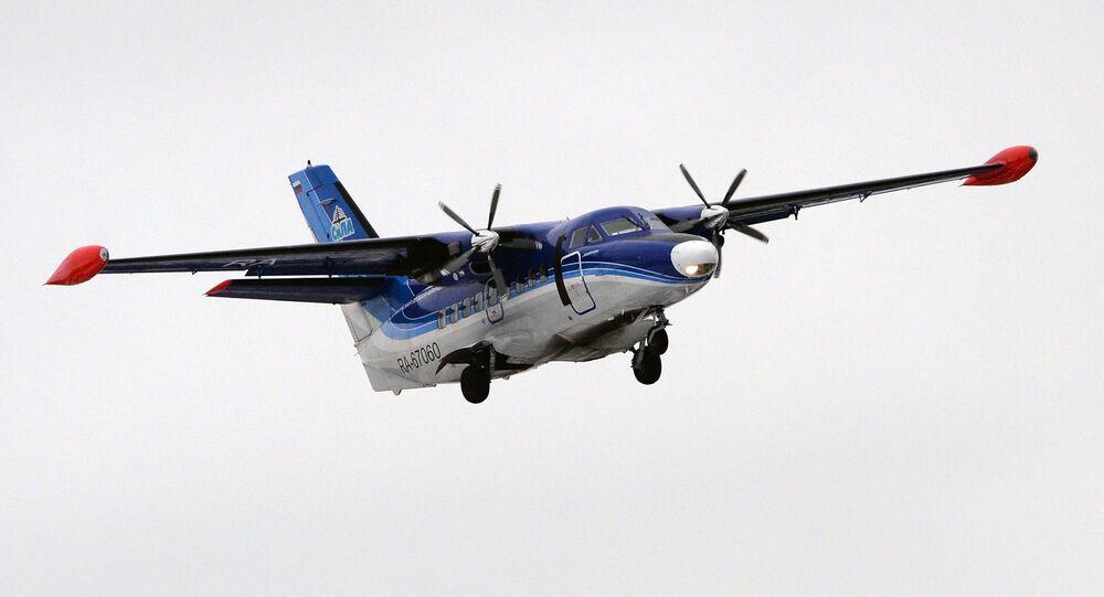 Avião L-410