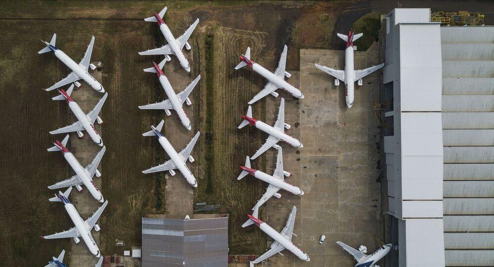 Aviões da LATAM Airlines Brasil em solo no aeroporto Mário Pereira Lopes, em São Carlos, São Paulo. Foto de arquivo