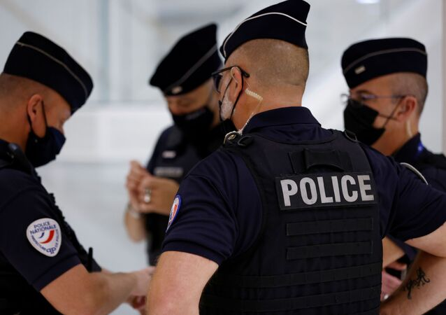 Policiais franceses