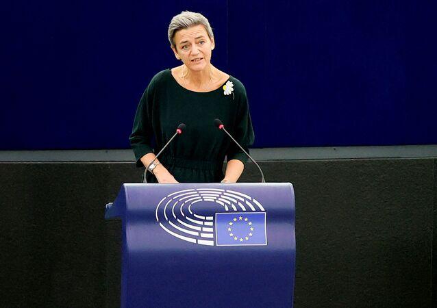 Margrethe Vestager, vice-presidente executiva da Comissão Europeia, dá discurso durante debate sobre as relações políticas e a cooperação União Europeia-Taiwan no Parlamento Europeu em Estrasburgo, França, 19 de outubro de 2021