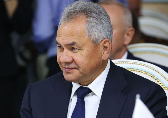 Sergei Shoigu, ministro da Defesa da Rússia, durante reunião conjunta dos ministros das Relações Exteriores e da Defesa, e secretários dos Conselhos de Segurança da Organização do Tratado de Segurança Coletiva (CSTO) em Dushanbe, Tajiquistão