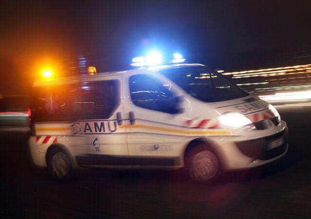 Ao menos 4 crianças morreram e outras 19 pessoas ficaram feridas