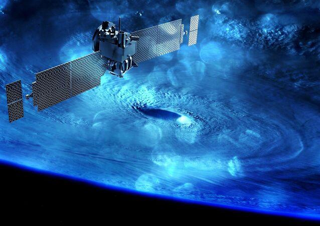 Satélite no espaço (imagem referencial)