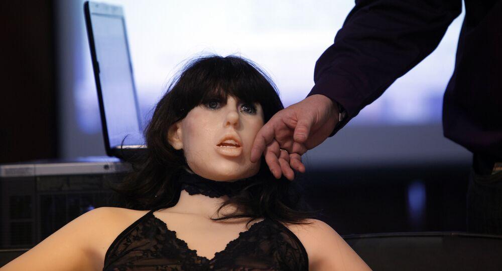 Boneca sexual Roxxy durante a mostra nos EUA, em 9 de janeiro de 2010 (foto de arquivo)
