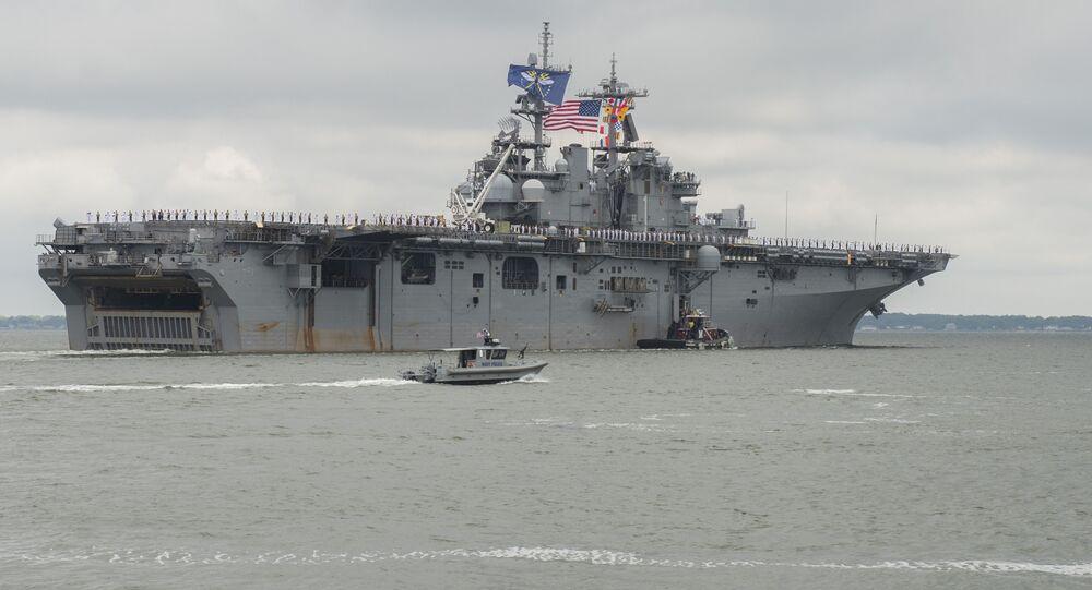 Navio de assalto anfíbio USS Wasp da Marinha dos EUA
