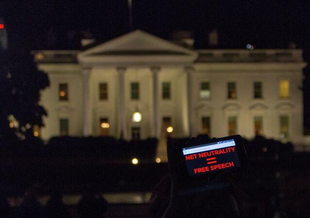 White House Vigil To Save Net Neutrality