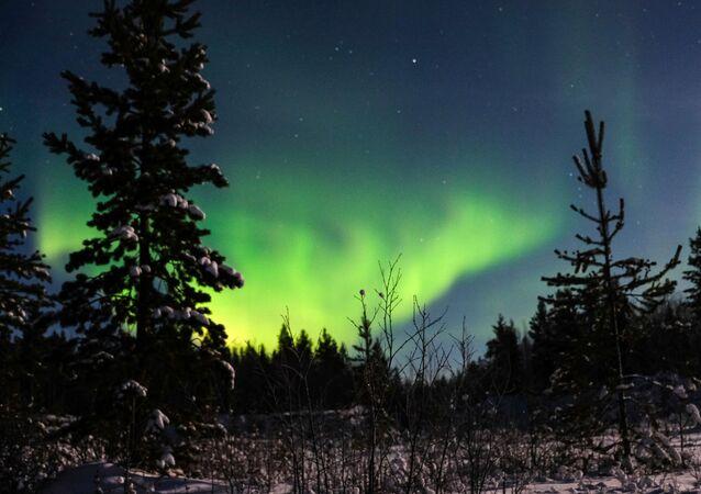 Aurora boreal na região russa de Murmansk (foto de arquivo)