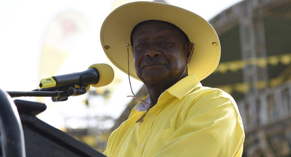 Presidente de Uganda Yoweri Museveni, 16 de fevereiro de 2016