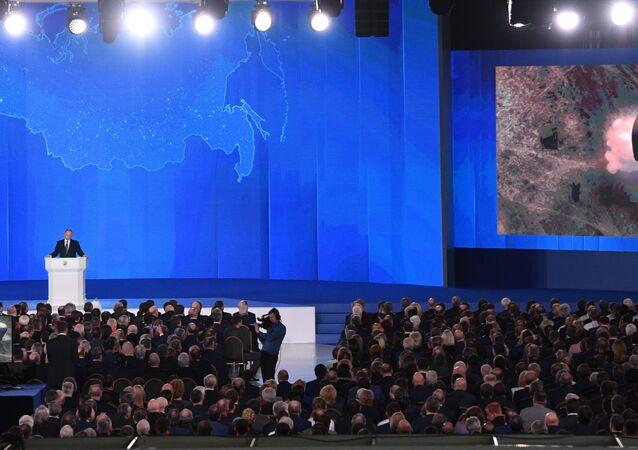 Presidente russo, Vladimir Putin, durante seu discurso anual perante a Assembleia Federal (Parlamento bicameral russo)