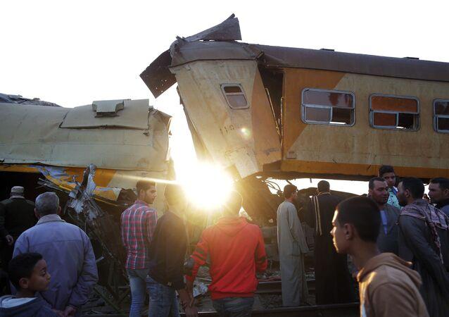 Local do acidente com trem de passageiros na província de Beheira, Egito (foto de arquivo)