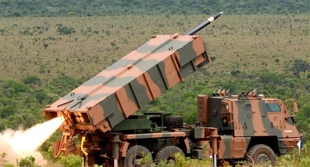 Lançador que integra o Astros, sistema de mísseis desenvolvido pela empresa brasileira Avibrás