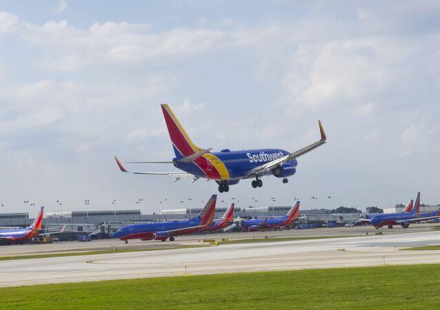 Avião da Southwest Airlines pousando no Aeroporto Internacional Midway, em Chicago (arquivo)