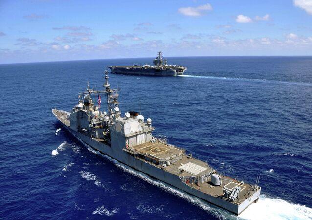 Navios de guerra dos EUA no mar do Sul da China (arquivo)