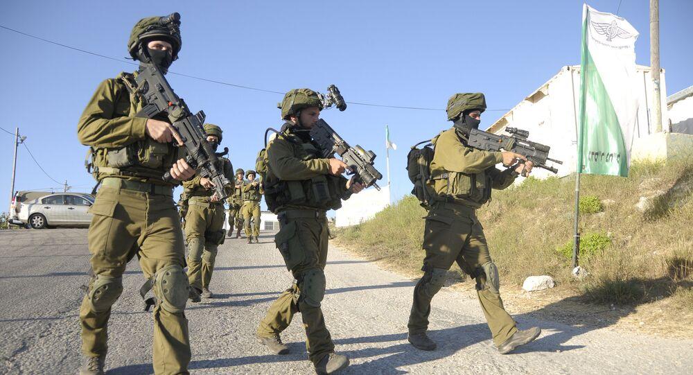 Soldados das Forças de Defesa de Israel (IDF) em Hebron