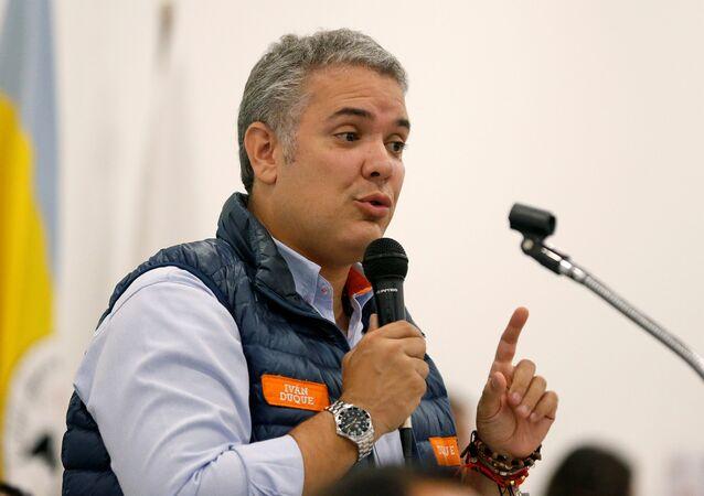 Iván Duque, candidato à presidência da Colômbia pelo Centro Democrático, venceu o 1° turno com 39% dos votos