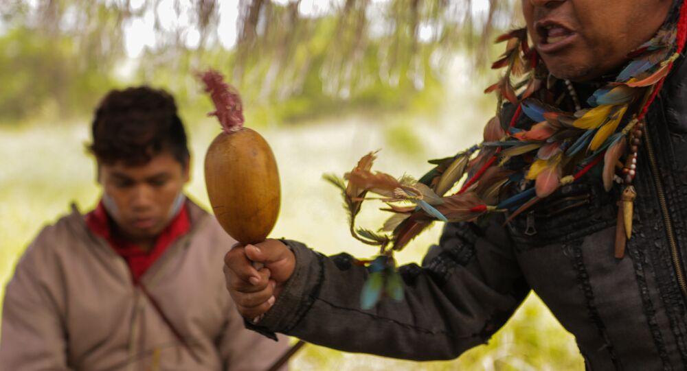 Liderança indígena Guarani Kaiowa em Dourados, Mato Grosso do Sul.