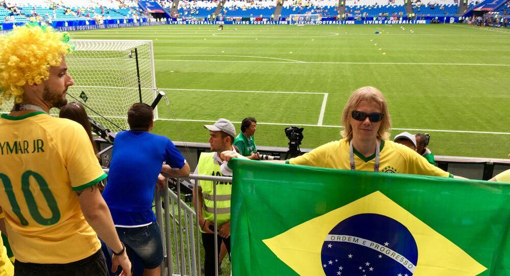 O feiticeiro do Hexa Yury Torsky, durante partida entre Brasil e México pelas oitavas de final da Copa do Mundo 2018.