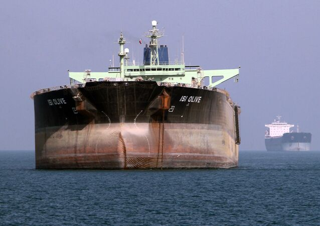Petroleiro no porto de Bandar Abbas, no sul do Irã (foto de arquivo)
