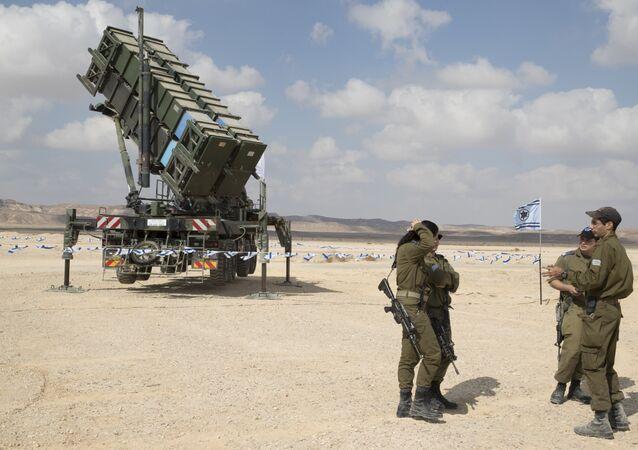 Lançador de mísseis Patriot durante os treinamentos de defesa aérea multinacionais Blue Flag na base aérea de Ovda, norte da cidade de Eilat, Israel, 8 de novembro de 2017
