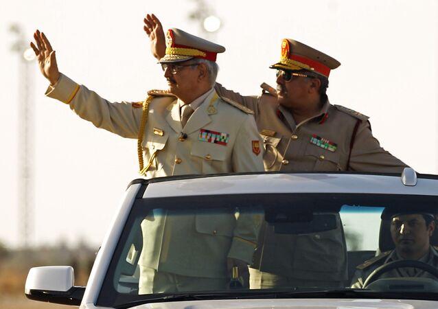 Khalifa Haftar, comandante do Exército Nacional da Líbia