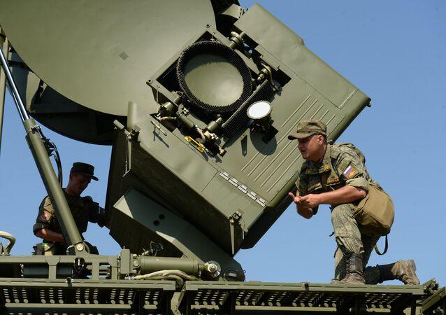 Manobras táticas das unidades de luta radioeletrônica no polígono Sverdlovsky, Rússia