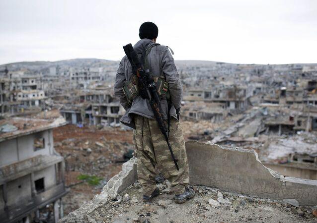 Kobane (Síria) devastada pelo Estado Islâmico