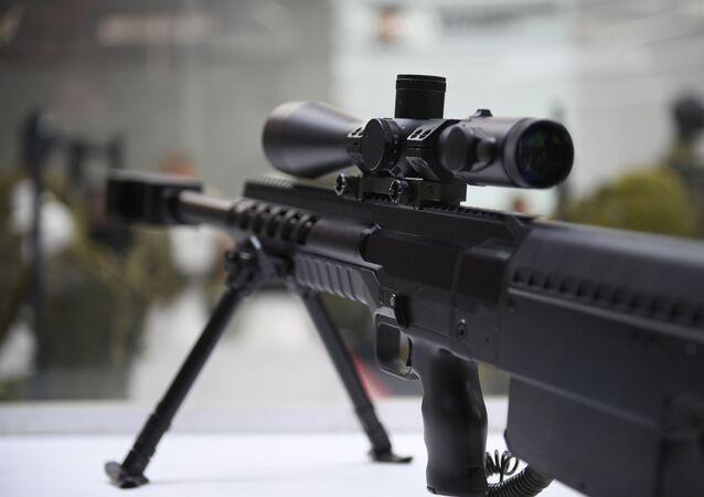 Fuzil de precisão de grande calibre desenvolvido pelo consórcio Kalashnikov
