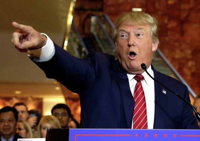 O então candidato republicano à presidência dos EUA, Donald Trump, durante uma coletiva de imprensa na Trump Tower, em Nova York (arquivo)