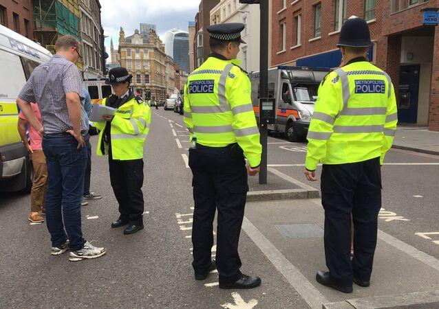 Agentes da polícia do Reino Unido