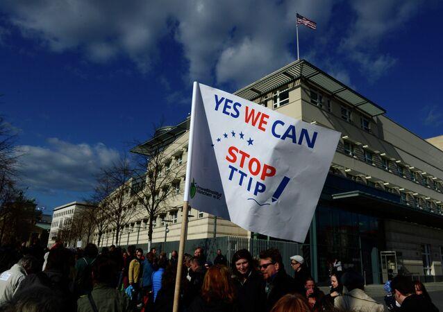 Ativistas anti-TTIP