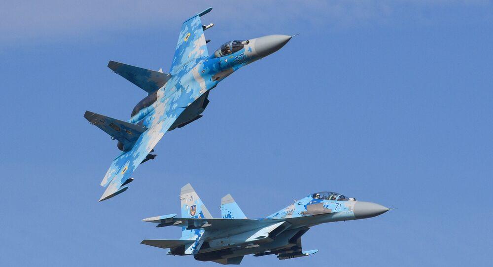 Caça Su-27