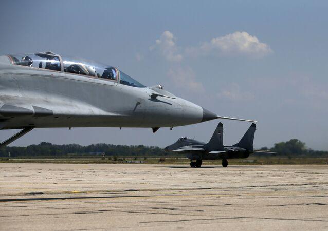Os caças MiG-29 da Força Aérea da Sérvia (foto de arquivo)