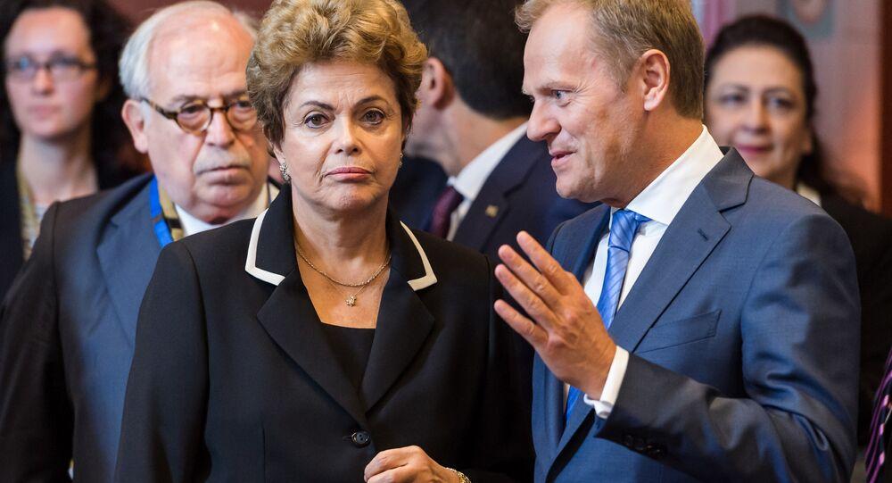 Dilma Rousseff e primeiro-ministro da Polônia, Donald Tusk, durante a cúpula UE-CELAC