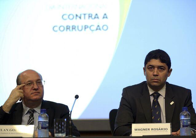 Wagner Rosário (à dir.), ministro da CGU
