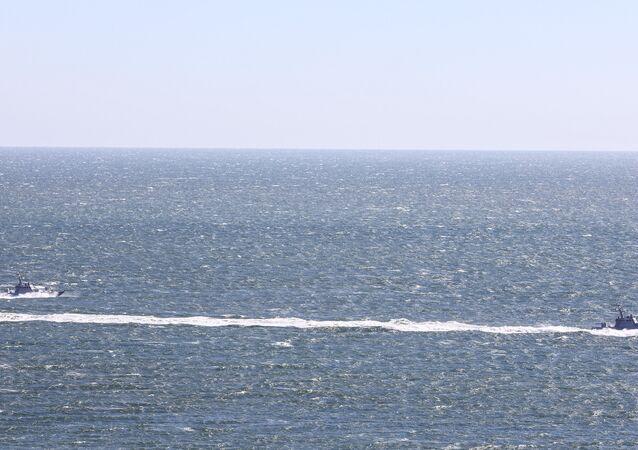 Exercícios ucranianos no mar de Azov