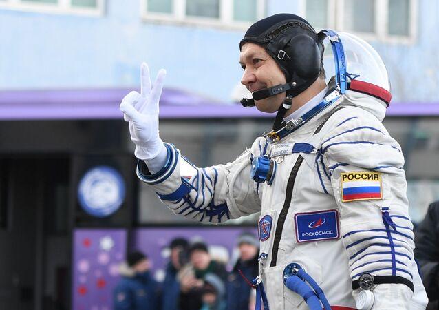 Tripulante da espaçonave Soyuz MS-11, cosmonauta da Roscosmos Oleg Kononeko