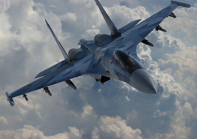 Su-35 (foto de arquivo)