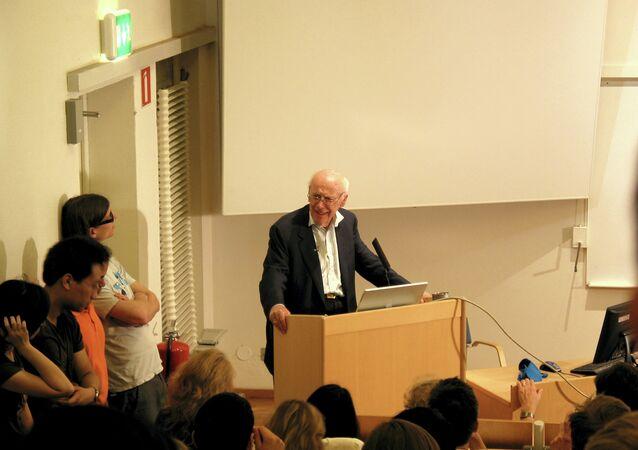 'Pai do DNA', James Watson dá palestra em Estocolmo, Suécia (arquivo)