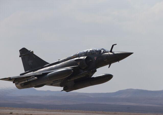Caça francês Mirage 2000D (arquivo)
