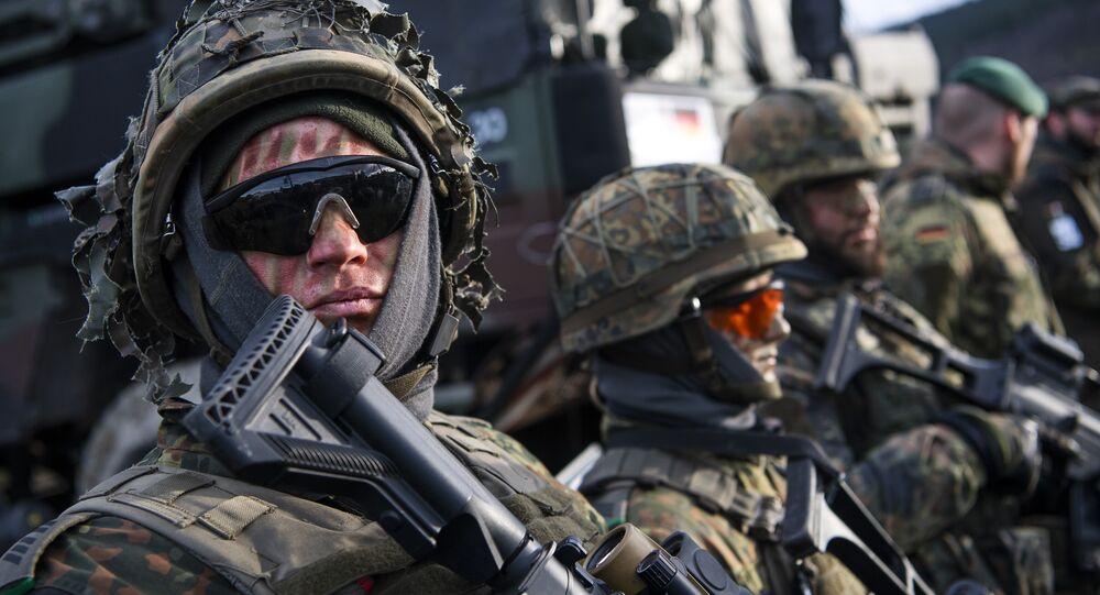 Militares da OTAN durante manobras militares na Noruega