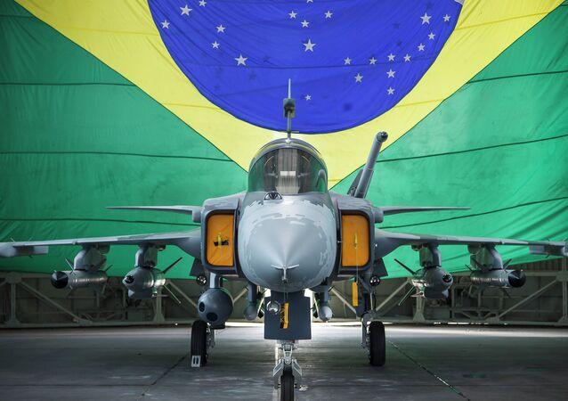 Primeiro caça Gripen E brasileiro fará o seu voo inaugural ainda em 2019 na Suécia