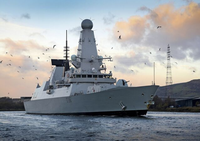 Destróier HMS Defender Tipo 45 da Marinha Real britânica em Glasgow, Escócia
