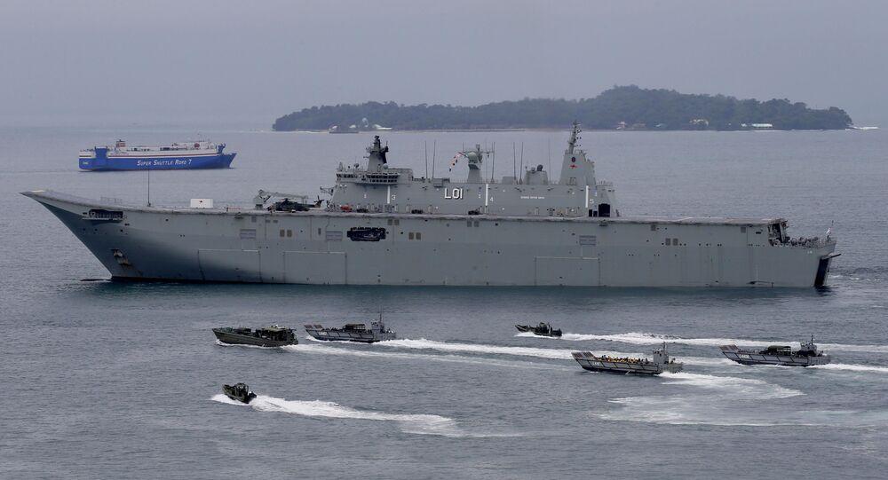HMAS Adelaide da Marinha Real Australiana