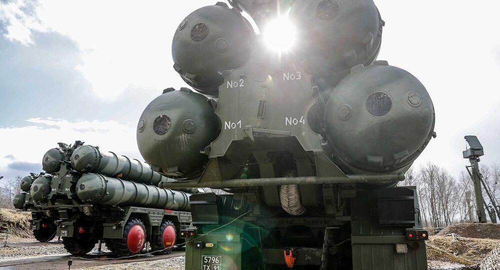 Sistema de defesa antiaérea russo S-400